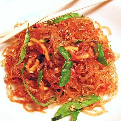 Asijský nudlový salát