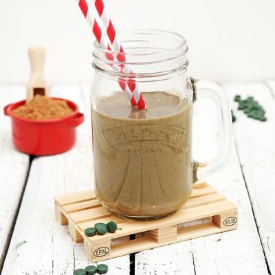 Kakaový proteinový drink se spirulinou a ořechovým mlékem
