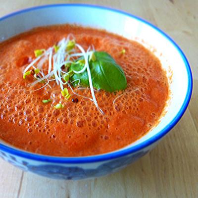 Rajčatovo-papriková polévka
