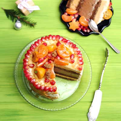 Persimmon Layer Cake With Fruit and Baobab Powder