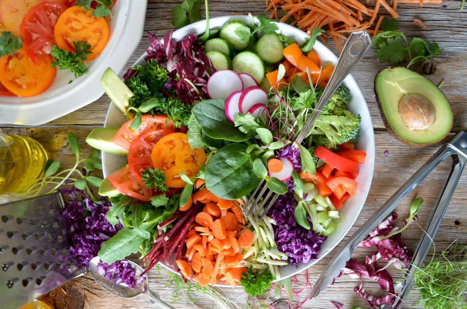 Čerstvé jídlo by mělo být základem našeho jídelníčku
